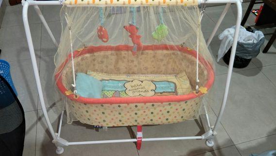Baby Cradle 99% new