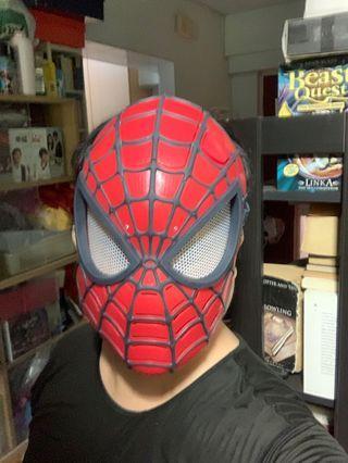 Hasbro 2014 Marvel Light Up Spider-Man Costume / Dress Up Mask Toy