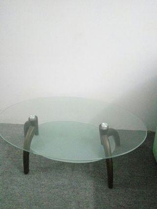 🚚 Very good Glass Table