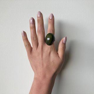 PACHITA artigianato Tagua Vegetable Ivory Ring In Seaweed Green