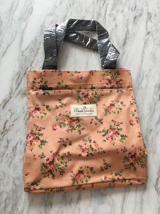 🚚 Floral Tote Bag