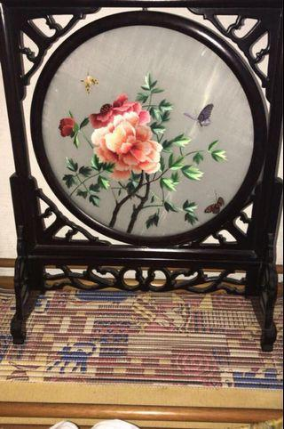 🚚 Double sided Chinese embroidery art
