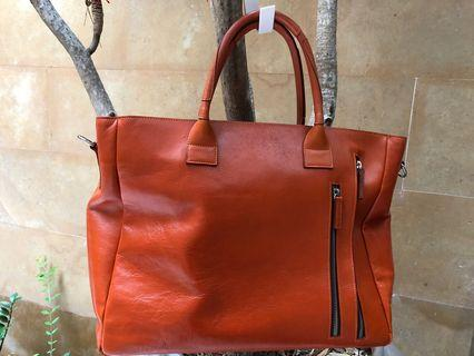 """Artisan Crafted Leather Bag ( 17x12x5"""")"""