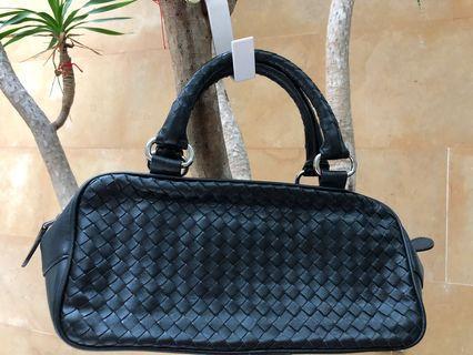 "🚚 Full Leather Weaved Handle Bag (14x5x4"")"