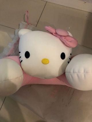 Boneka Hello Kitty Bantal Leher