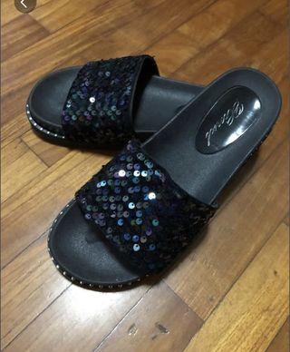 🚚 Flat sandals Slippers bling bling (size38)
