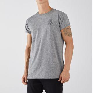 Bershka男士 青年潮流灰色修身休閒運動短袖T恤上衣