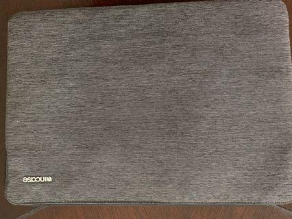 Incase Sleeve for MacBook Pro 15 inch