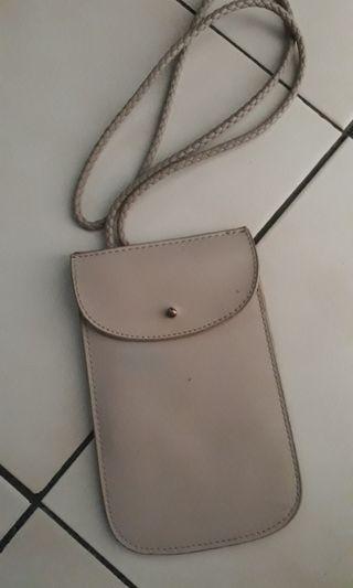 Miniso Sling bag for phone