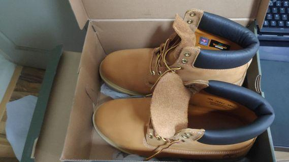 Men's Timberland Boots US 13