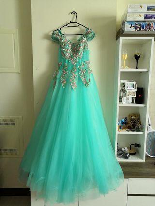 🚚 水藍色婚紗