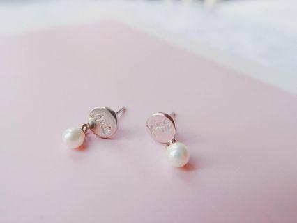 AZURE earrings kiss me