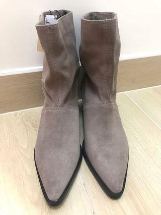 Zara Leather Boots🤩🤩全新🤩🤩 真皮Boots