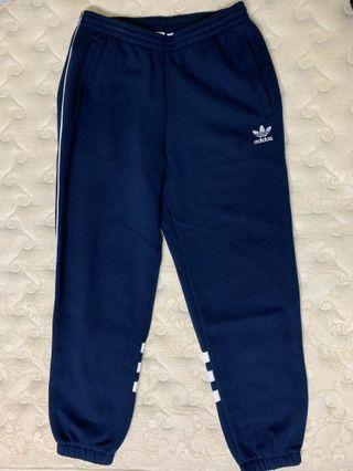 🚚 Adidas 深藍色棉褲