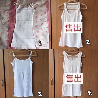 🚚 正韓貨 韓國製。白色兩款背心混款。繞頸背心、挖背背心、細肩帶背心、圓領背心