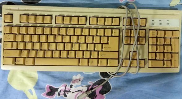 Mitsumi Vintage PS2 Keyboard for PC