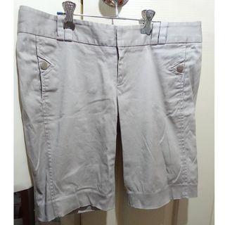 G2000 女裝灰色短褲 / 中身褲