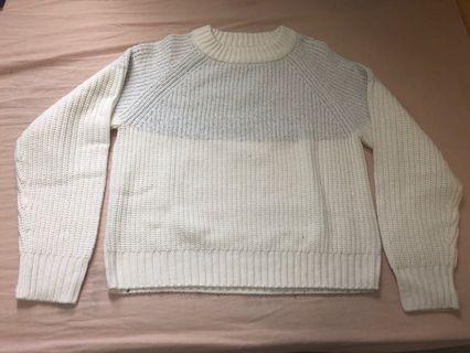 GU white sweater (m-size)
