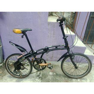 DOPPELGANGER ALLOY FOLDING BIKE (FREE DELIVERY AND NEGOTIABLE!)