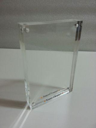 水晶膠磁力座枱4R相架