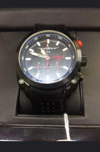 🚚 Air Force watch