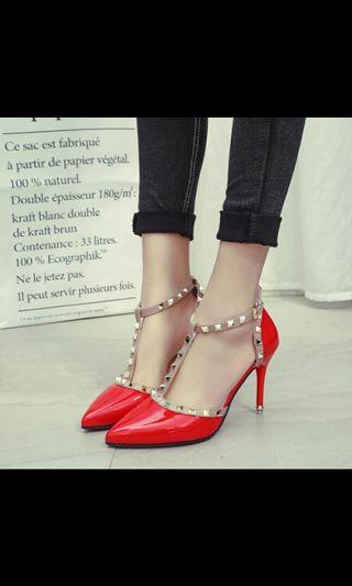 (NO INSTOCKS!) Preorder classic studded pointed high heel shoes *waiting time 15 days after payment is made* chat to buy to order