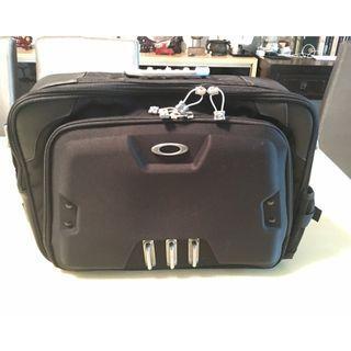 Medium Oakley transport bag