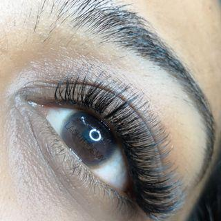 Eyelash Extension Russian