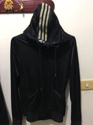 Adidas 女版S號  運動外套黑