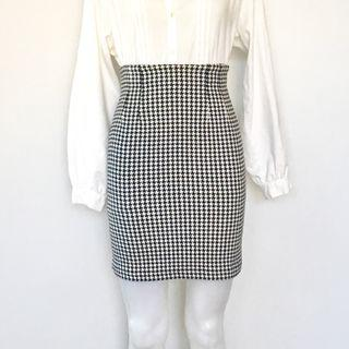VINTAGE 90s HOUNDSTOOTH MINI SKIRT