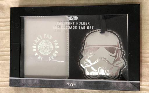 Star Wars passport holder and luggage tag set