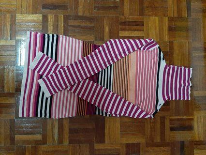 long sleeved stripes turtle neck shirt