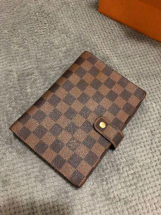 🚚 Louis Vuitton 記事本