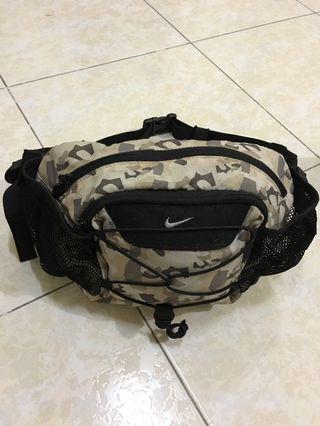 Nike Cameo Pouchbag