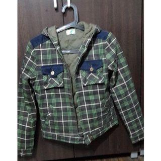 綠色格子外套