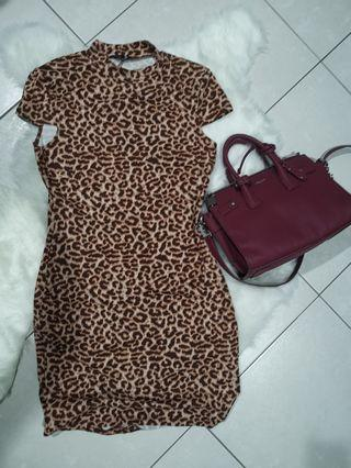 Cotton on m size leopard print Bodycon dress with sleeves #MGAG101