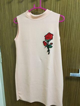 🚚 Embroidery Dress