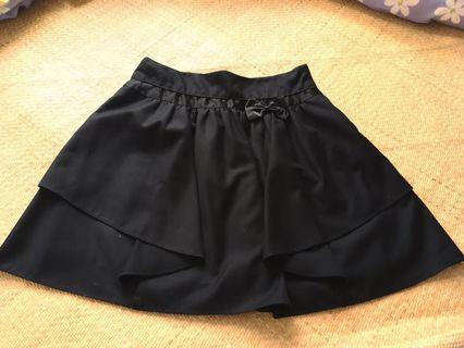 Made in Korea black skirt 黑色半截裙