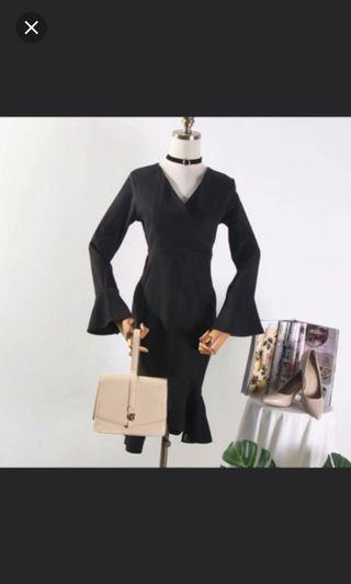 #CarousellFaster Black dress