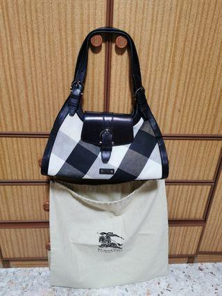 *Fast Deal * Authentic Burberry handbag