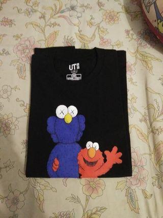 Tees Uniqlo X Kaws X Sesame Street