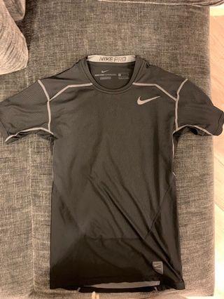 Nike pro size S