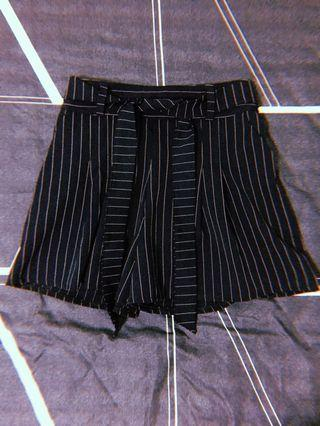 🚚 Stripe Culottes Shorts