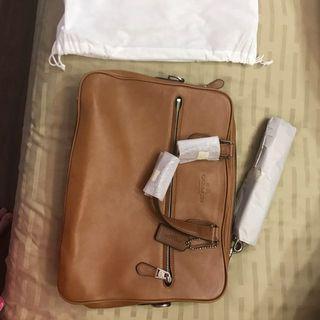 🚚 Coach full leather work bag