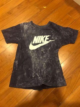 blue Nike teee (fake)