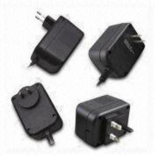 697) AC/DC Adapter with 4 head 6.5V