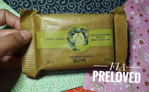 The Body Shop - Olive Soap / Sabun Batang