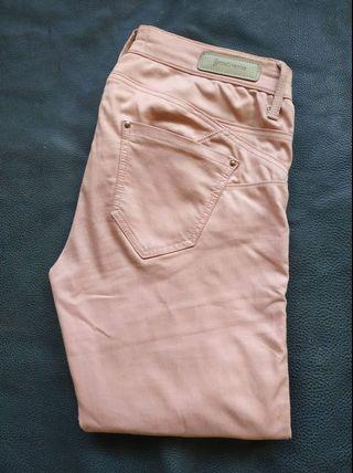 Preloved Astradivarius Pink Pants