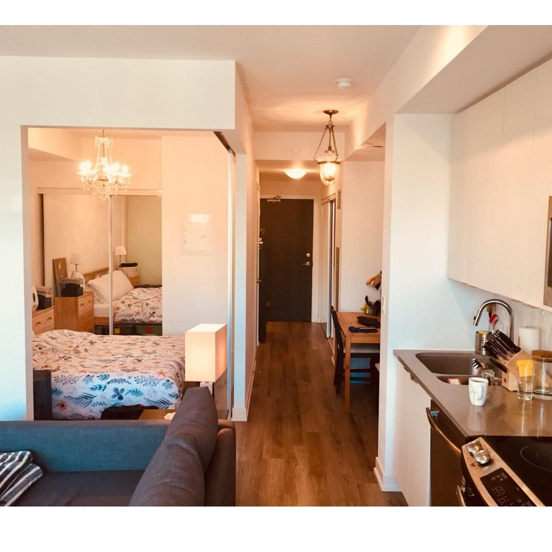 $2400 / 1br - 550ft2 - 1 Bedroom plus den condo for rent in Fort York (downtown Toronto) (Bathurst and Fort York)