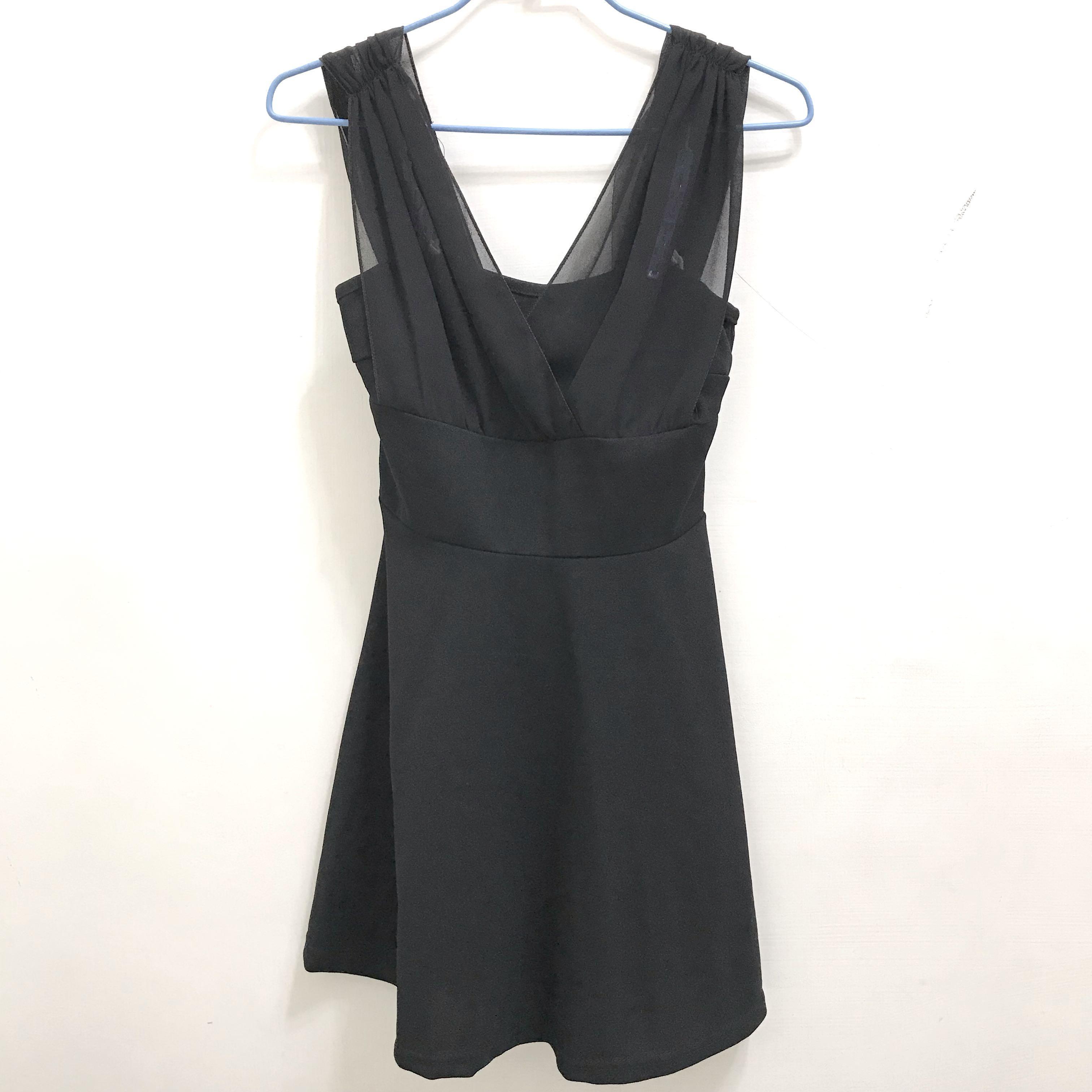 全新 黑色薄紗小禮服